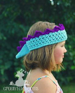 Dinosaur Crown Crochet Pattern - www.GreenFoxFarmsDesigns.com