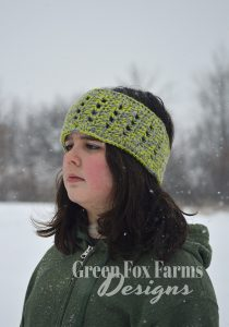 Simple Crown Ear Warmer www.greenfoxfarmsdesigns.com