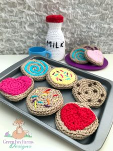 cookies and milk crochet pattern - www.greenfoxfarmsdesigns.com