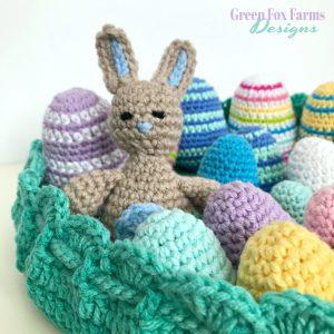 Tiny Bunny Amigurumi - Free Crochet Pattern - www.greenfoxfarmsdesigns.com