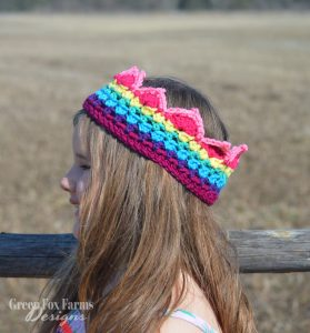 Rainbow Crown Crochet Pattern - Rainbow Crochet - Crochet Pattern - Birthday Crown - Rainbow Birthday - Photo Prop - Crochet Crown Pattern - www.greenfoxfarmsdesigns.com