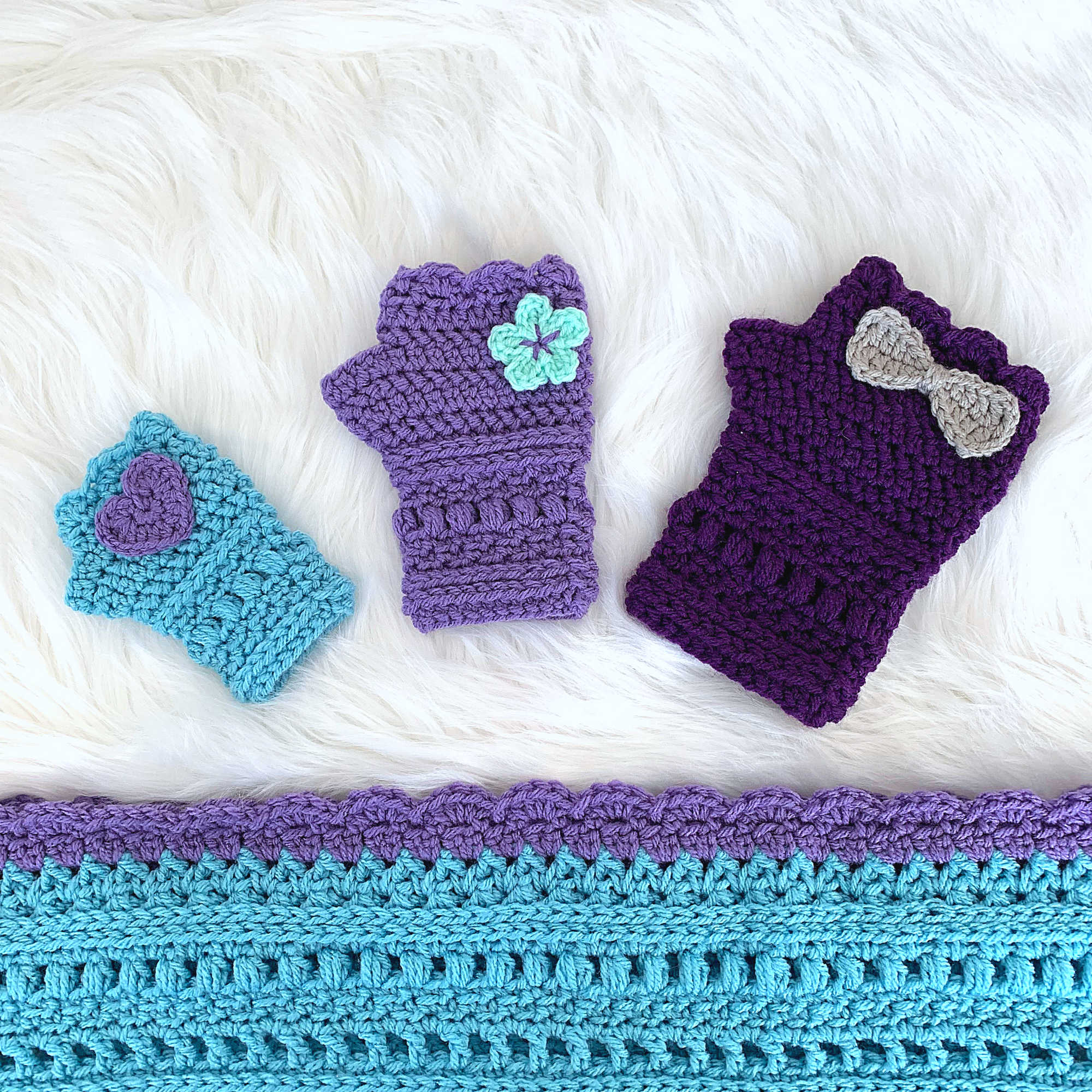 Infinite Spring Fingerless Gloves Crochet Pattern