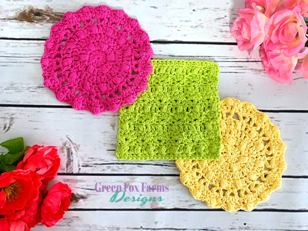 Flora Dish Cloths - Free Crochet Pattern - Easy Crochet Dish Cloths make a great gift! Crochet Flora Dish Cloths Pattern is Free on my Blog! Fun and Fast Crochet Pattern - greenfoxfarmsdesigns.com