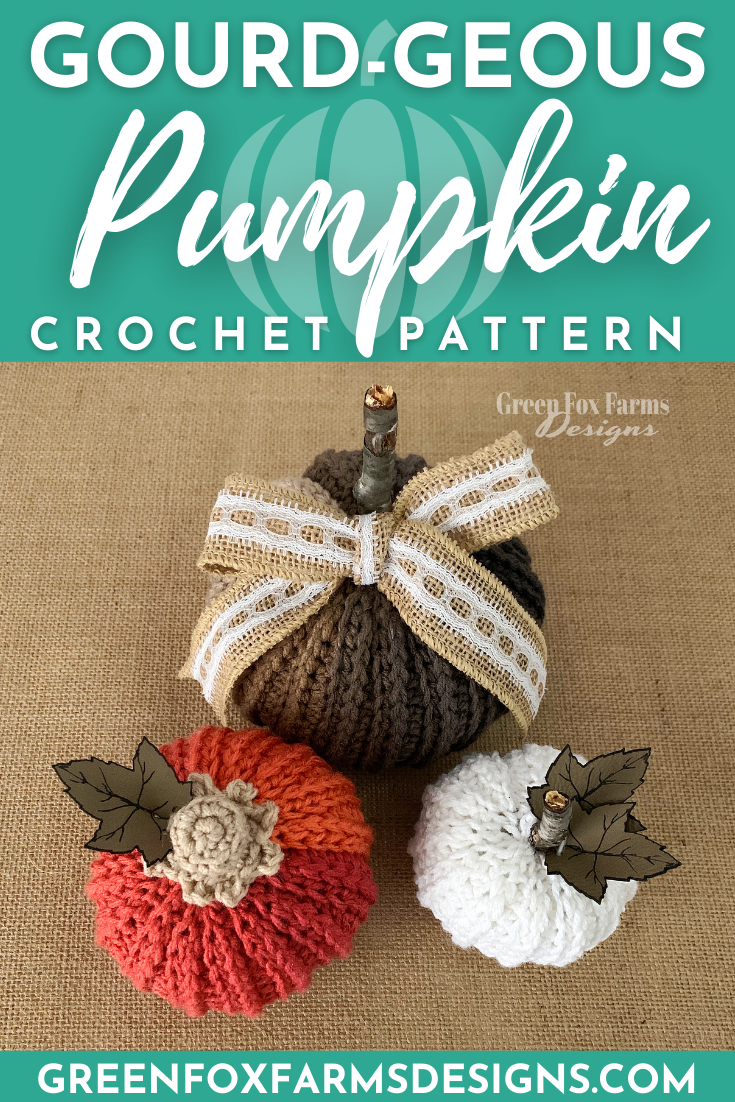 Farmhouse Pumpkins Crochet Pattern makes for stunning handmade fall home decor. Free Crochet Pattern for rustic pumpkins that look knit. Crochet your own set of small and large Halloween Pumpkins with this quick crochet pattern. Crochet Colorful Pumpkins with cinnamon sticks for the perfect Thanksgiving table decorations. Crochet a pumpkin with this free crochet pattern by greenfoxfarmsdesigns.com